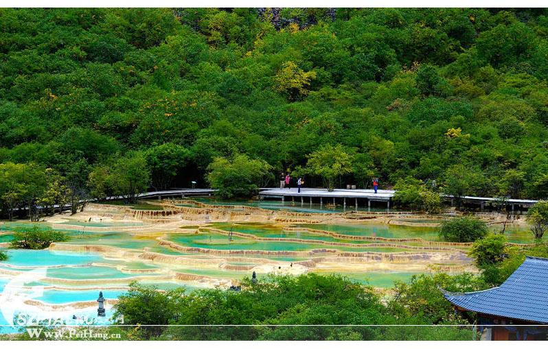 黄龙天然钙华景观
