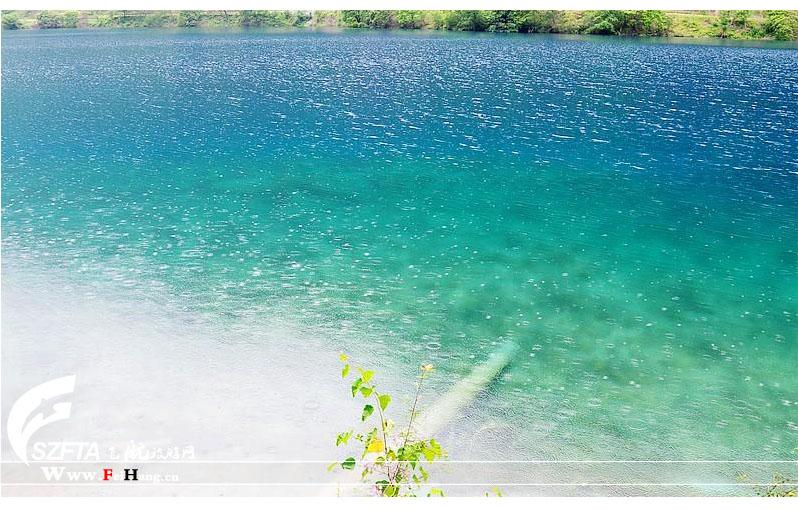 犀牛海湖面